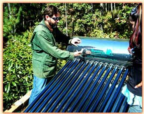 Bosque solar hot water heater
